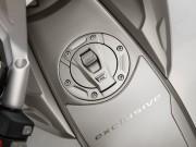 BMW K1600GTL Exclusive - thumbnail #17