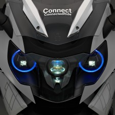 Prototype BMW K1600GTL avec phare laser - medium