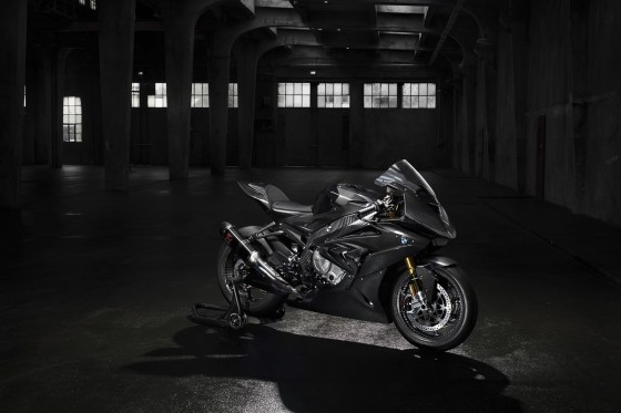 BMW HP4 RACE - large #1