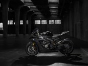 BMW HP4 RACE - thumbnail #3