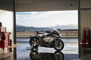 Nouvelle BMW HP4 RACE - medium