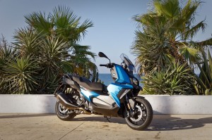 Le nouveau scooter BMW C 400 X. - medium