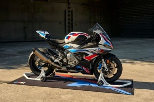 NOUVELLE BMW M 1000 RR - medium